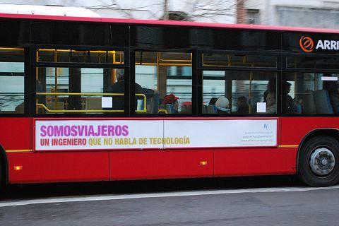 generador de anuncios en autobuses