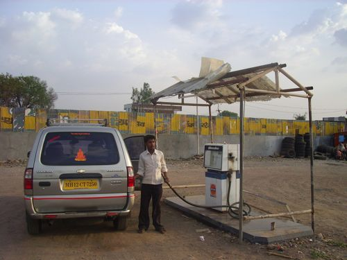 2009-06-25 gasolinera india