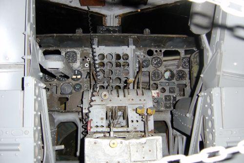 20091201_el avion interior2