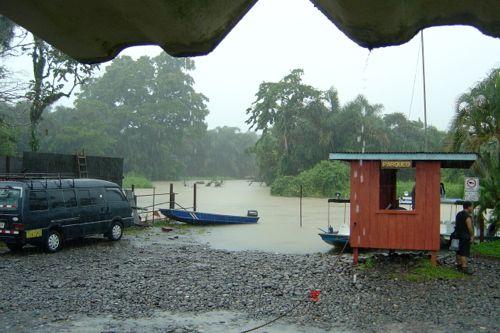 Embarcadero hacia Tortuguero