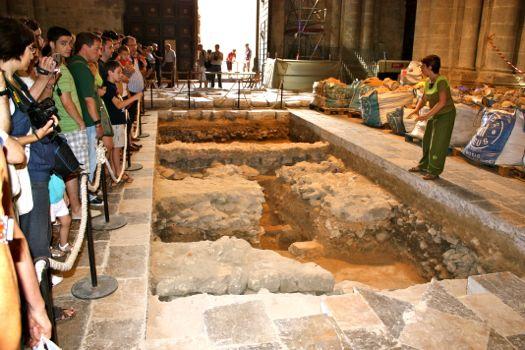 foto catedral de tarragona restos arqueológicos