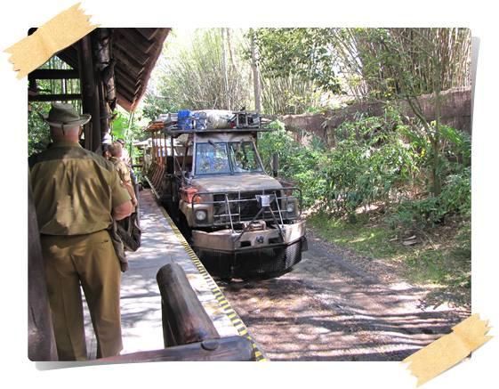 Camión del Safari en África - animal kingdom florida