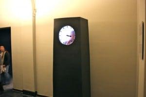 amsterdam rijksmuseum hombre dentro del reloj