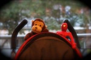 mono y spiderman
