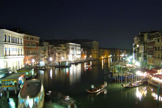 gran canal en la noche