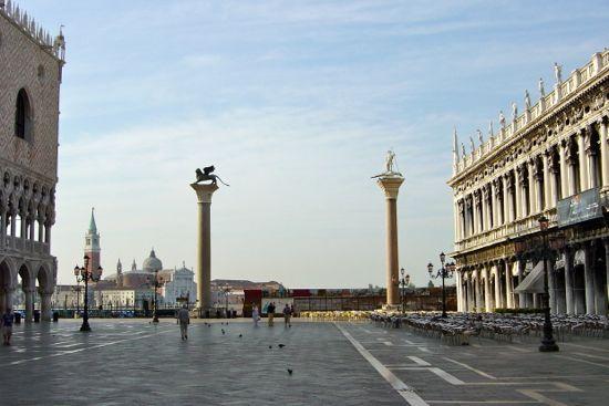 momentos venecia. Mañana en la plaza san marcos