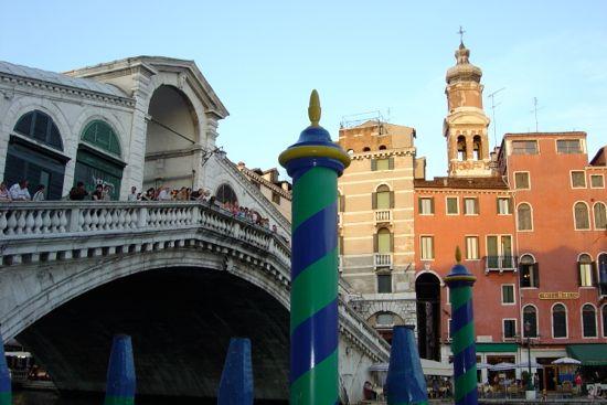 momentos venecia. Atardecer y colorido en los edificios