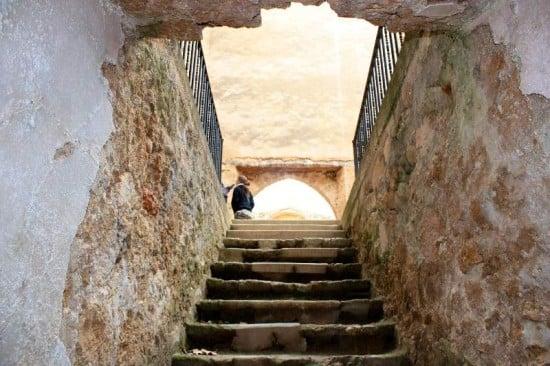 acceso a la cripta