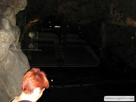 Teatro dentro del Peñón.