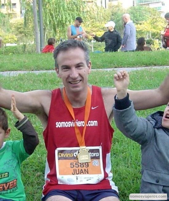 llegada de la maratón de Valencia con mis hijos
