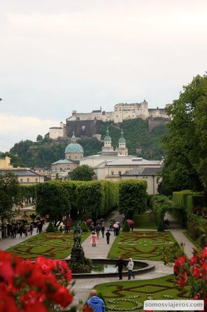 foto panorámica de los jardines de mirable en Salzburgo