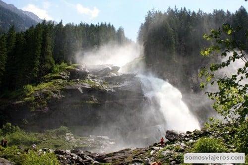 foto de las cataratas de krimml que son las más altas del mundo