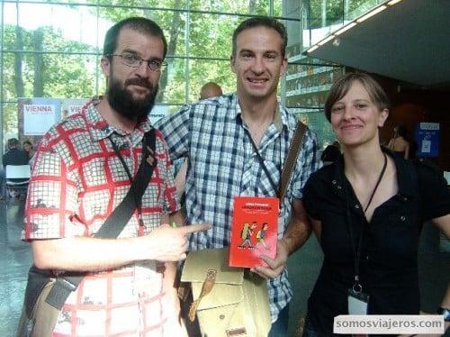 foto cuando compré el libro a Pablo e Itziar Como preparar un gran viaje