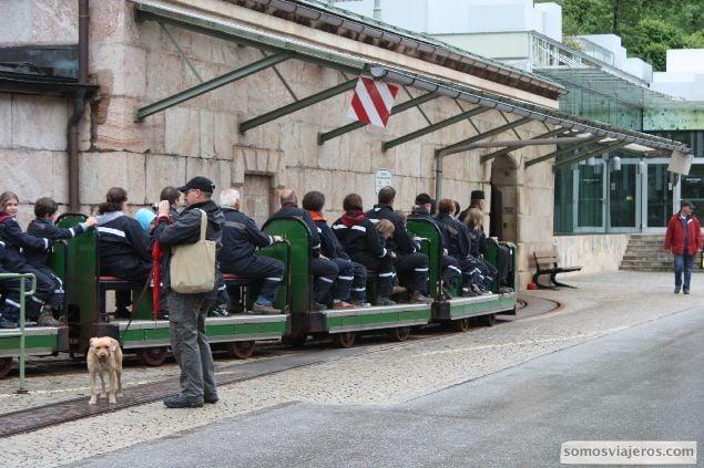 foto de la entrada en tren a las minas de sal de konigssee