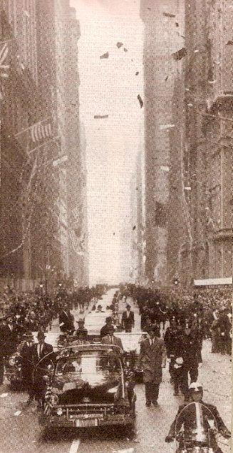 foto panorámica de una ticker-tape parade en Nueva York