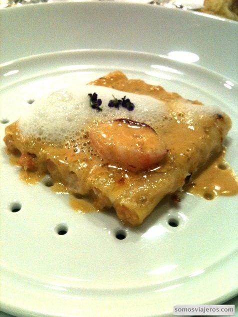 Macarrones rellenos como un mar y montaña restaurante Caelis Barcelona