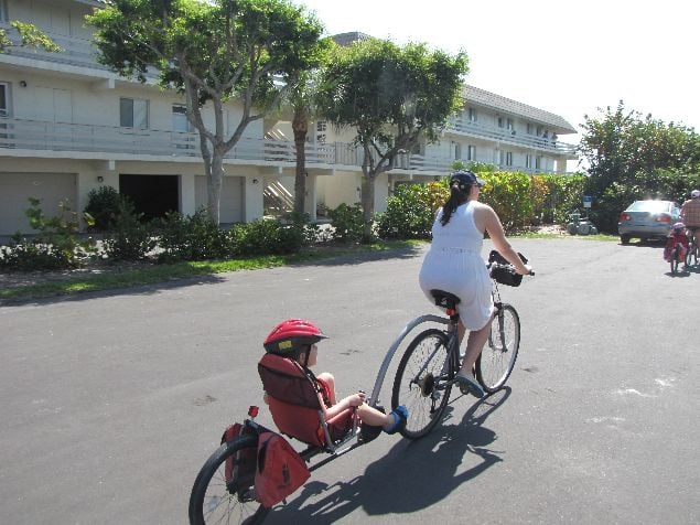 Bici de alquiler con remolque