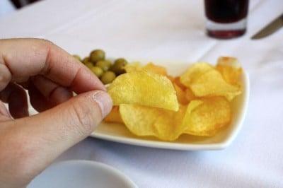patatas fritas caseras en el Mesón del Mar