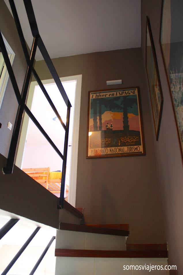pasillo vintage en apartamento de Roses