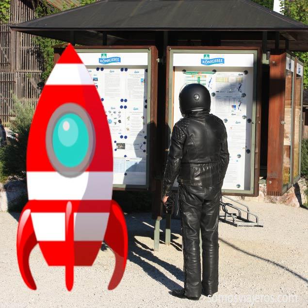 astronauta-en-alemania-con-cohete