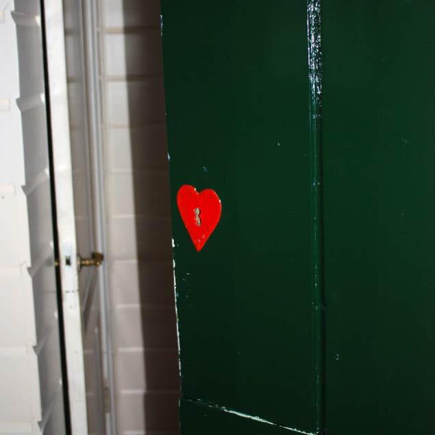 corazon-en-la-puerta