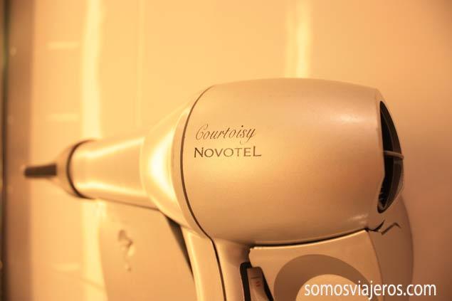 Secador de pelo en el Novotel