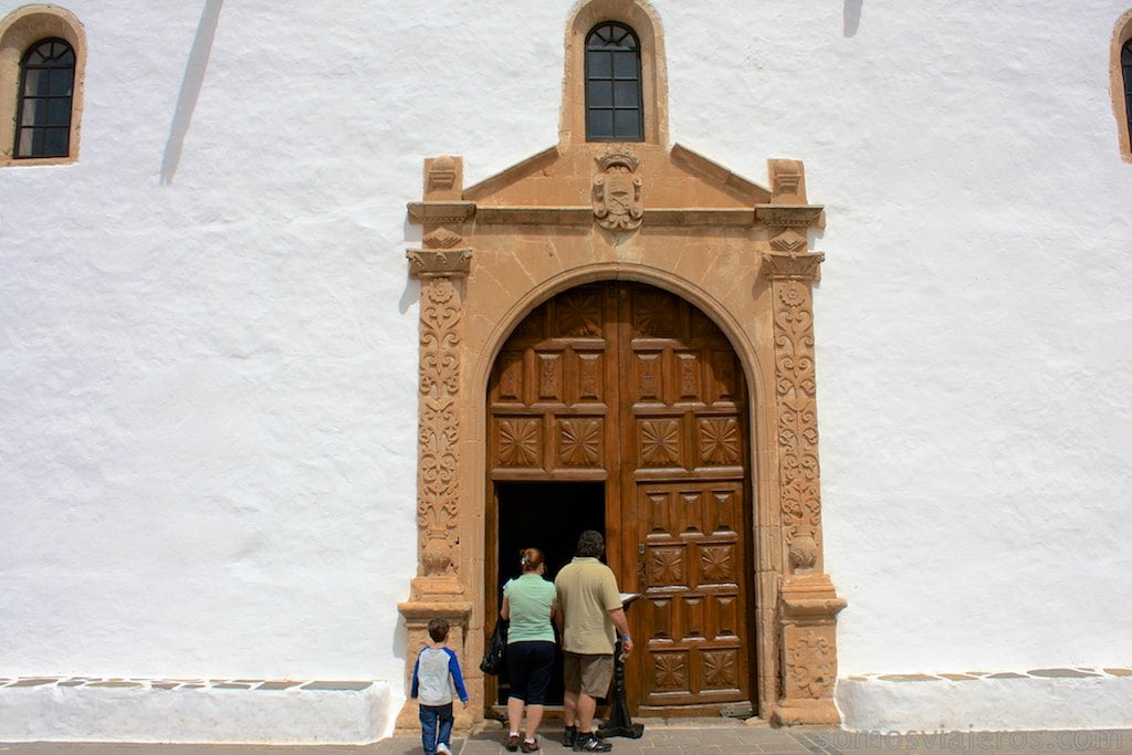 Entrada iglesia de Betancuria