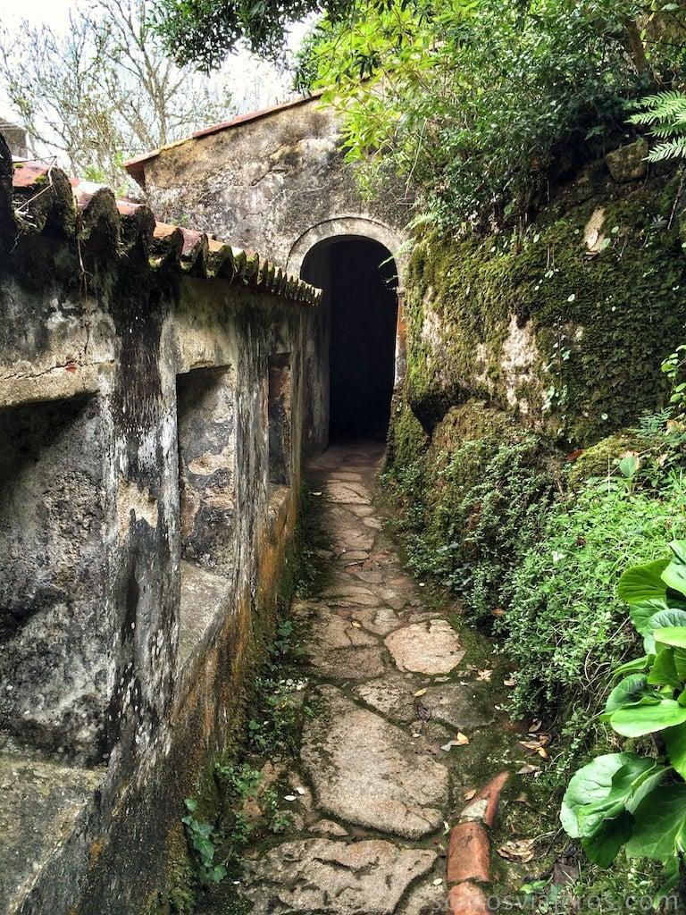 Monasterio dos Capuchos en Parque Natural Sintra. Click para ampliar