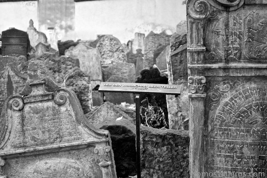 Personajes ilustres judaísmo enterrados en cementerio judio de Praga