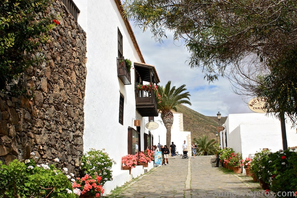 calle empinada en Betancuria