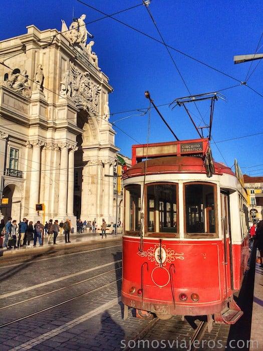 Experiencia en familia en el corazón de Lisboa. La Praça do Comércio
