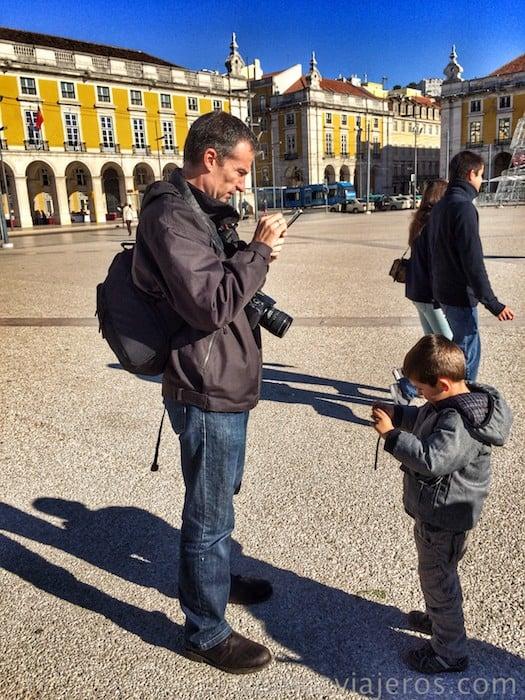 Preparándonos para fotografiar el corazón de Lisboa