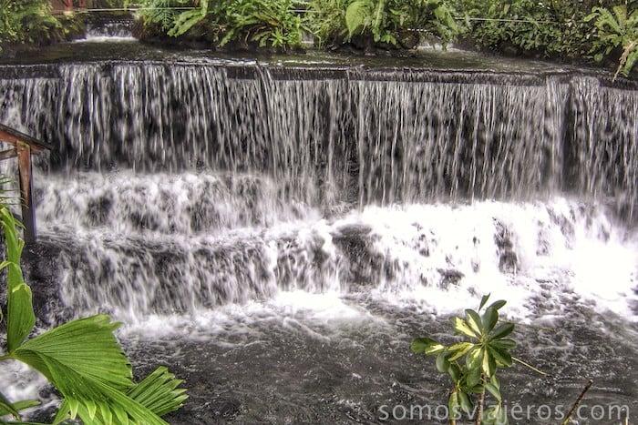Cascadas en Tabacon Resort