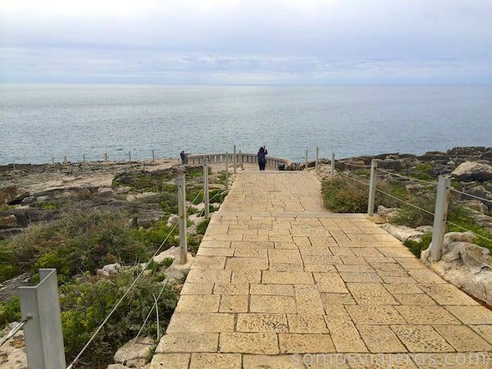 Costa de Estoril. Camino de entrada a la boca do Inferno