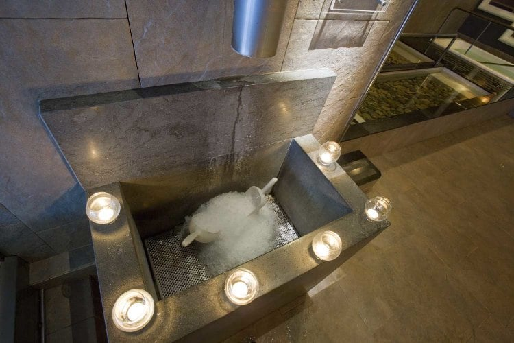 hielo en el circuito termal de Berga Resort