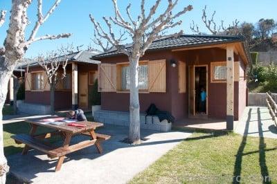 vista exterior bungalow en Berga Resort