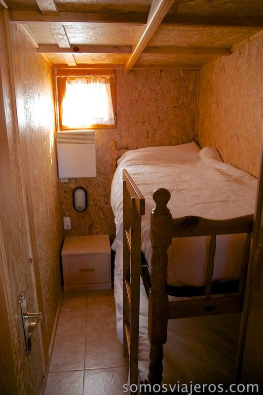 literas en otra habitación del chalet en Berga Resort