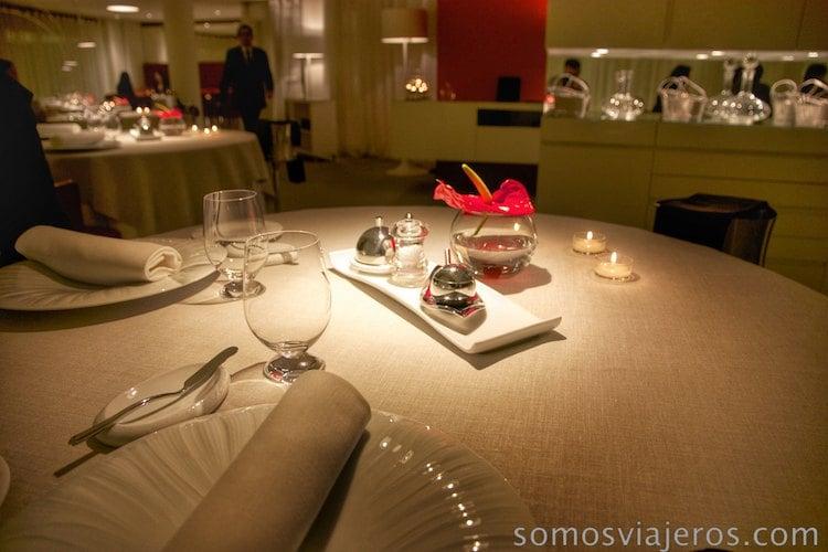 Mesa restaurant Angle