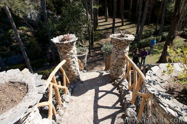 vista desde lo alto del Arc Coix en jardines Artigas