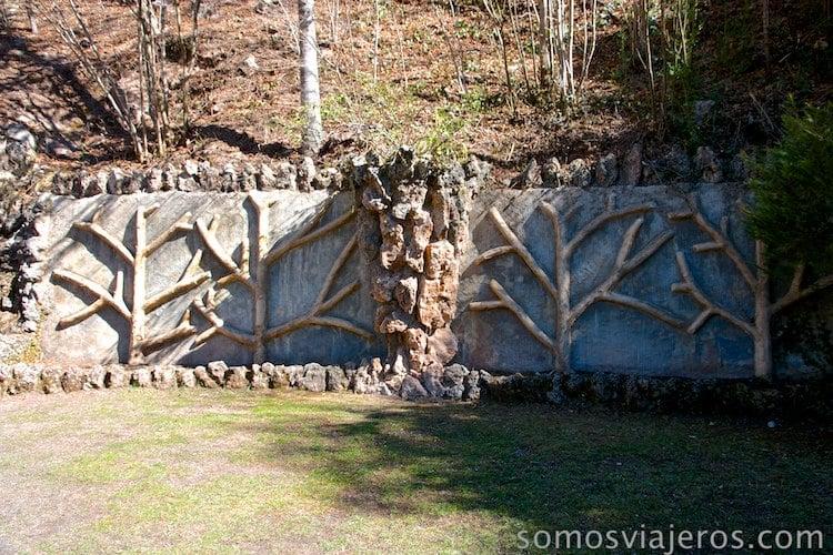 jardines de can artigas de antoni Gaudí. Estructuras tipo árbol