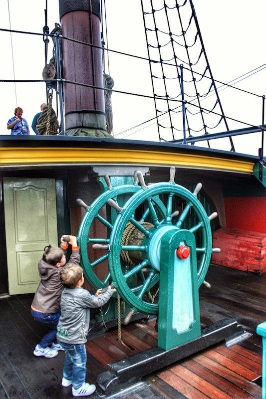 galeón en el museo marítimo