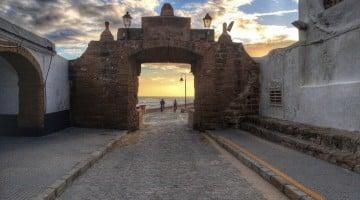 Persiguiendo al sol en un viaje a Cádiz