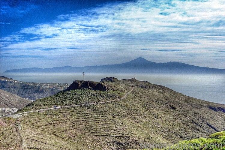 que ver en La Gomera: Tenerife en la distancia