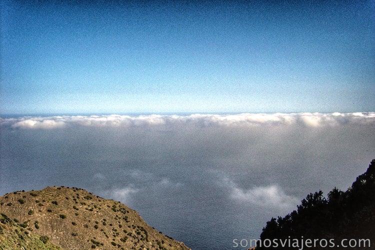 la Gomera, mar y nubes