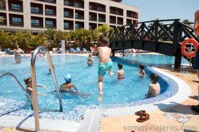 foto en la piscina