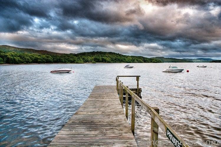 embarcadero en lago lomond escocia