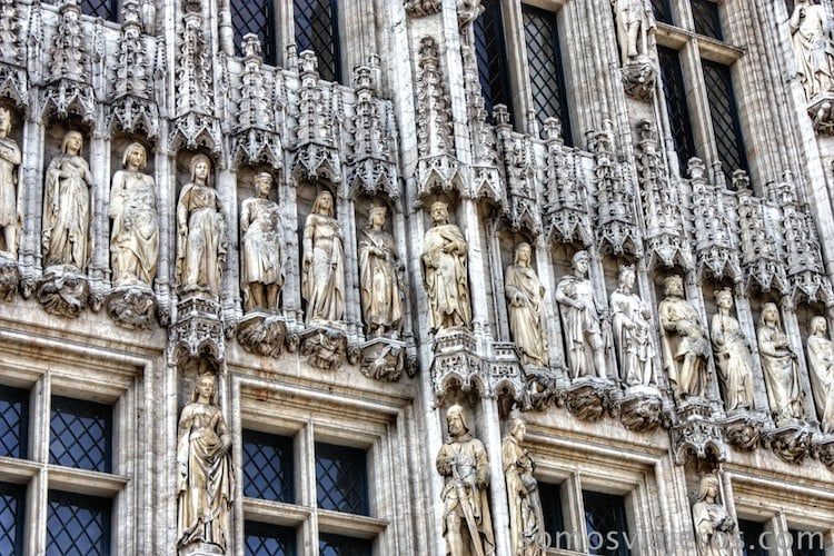 grand place bruselas fachada ayuntamiento