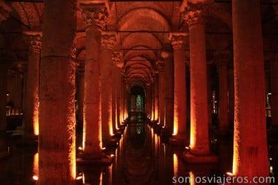 vista interior de la basílica cisterna