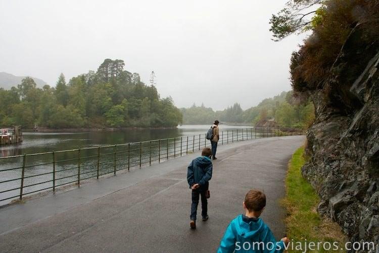 paseo rodeando el lago katrine