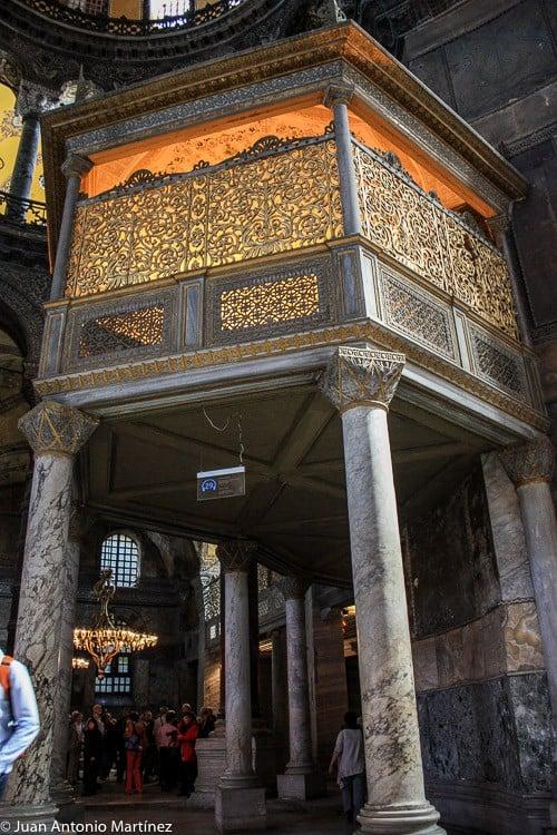Rincones en Santa Sofía de Estambul